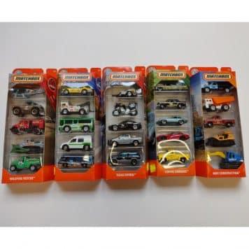 Matchbox autoja 5 kpl erilaisia